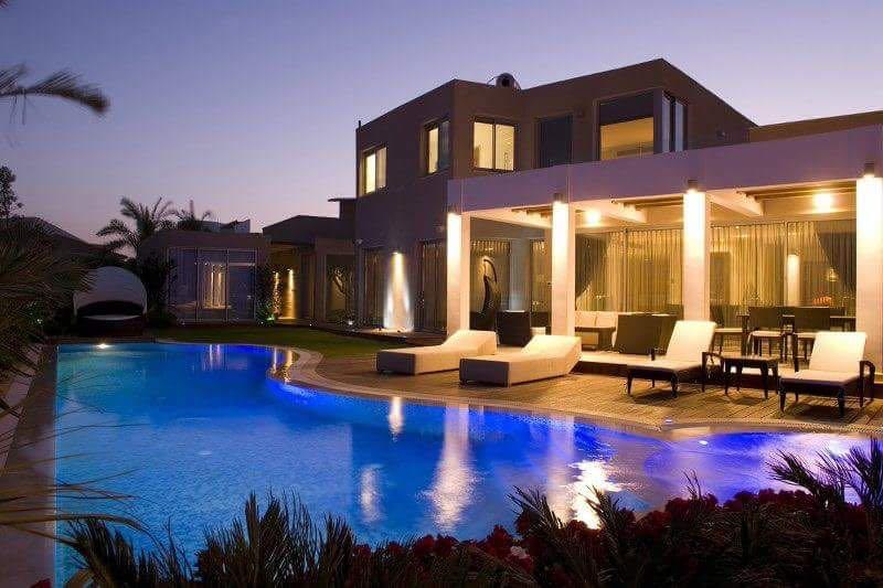 Дома на берегу моря фото в израиле с садом